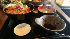 マグロ丼の写真